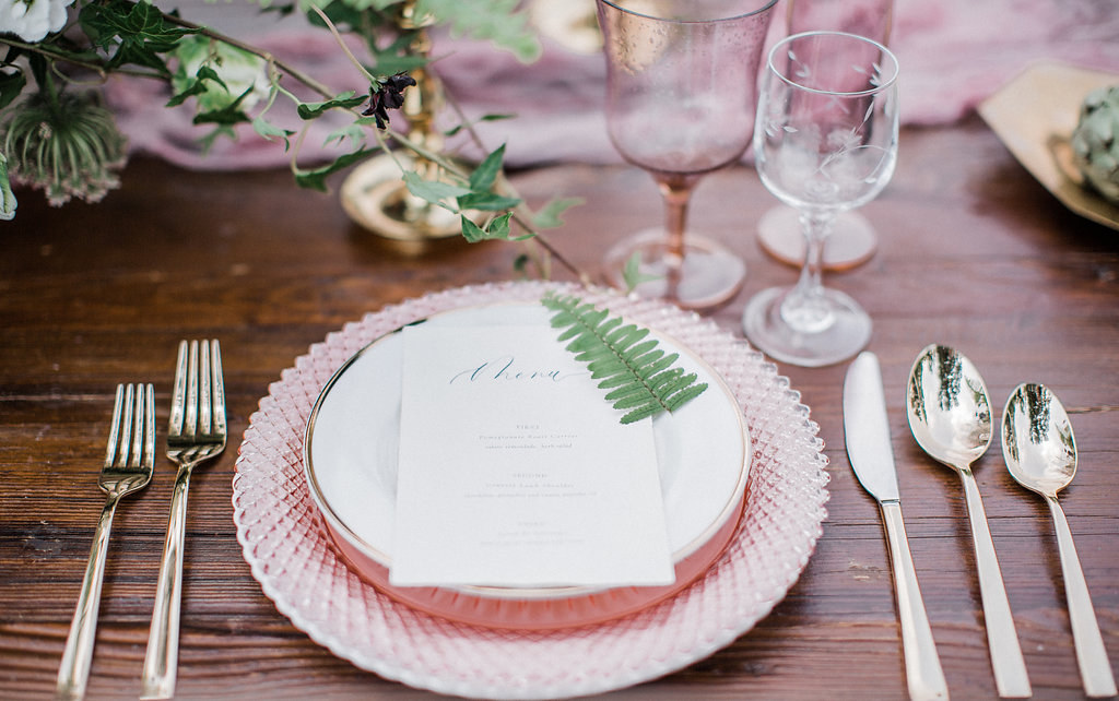 How to Set a Fall Table